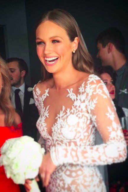 This E! News Host Just Got Married in a Red Carpet Worthy Wedding Dress