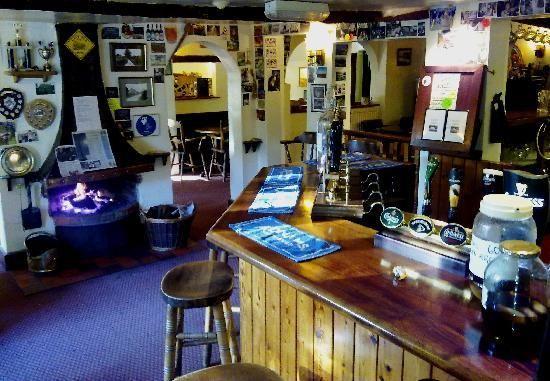 The Swan Inn Inkpen Bar