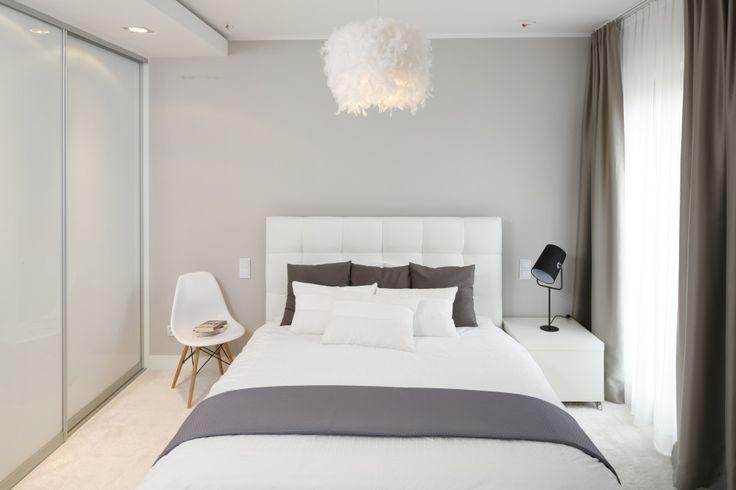 Piękna, jasna sypialnia - 10 wnętrz z polskich domów  - zdjęcie numer 8