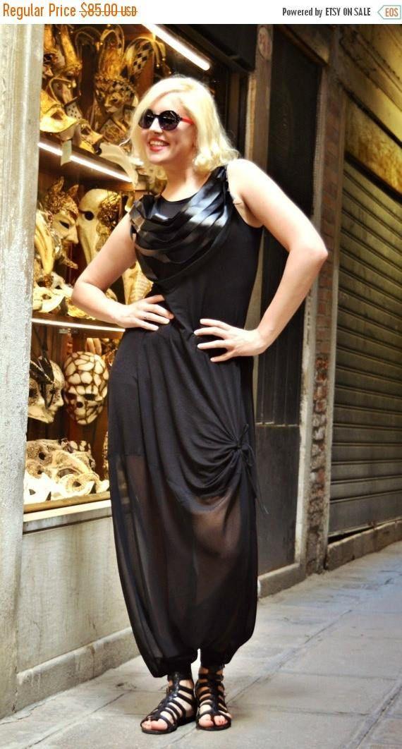 VENTA extravagante traje negro / Funky negro traje con flecos de cuero / viscosa sueltas mono TJ22