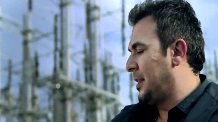 Antonis Remos - Einai stigmes (Official Video Clip 2011 HD)