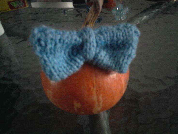 Crochet Bow Brooch - horgolt mosnis kitűző