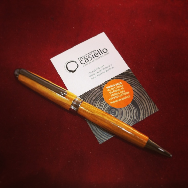 Penna in ulivo realizzata a mano #massimocasiello #matera #wood #woodturning #olive #ulivo #art #craft #handmade
