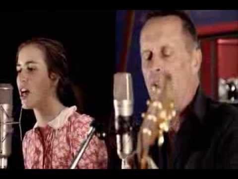 Mark Seymour sings Lorelei live in the studio with his daughter Hannah. #MSCT