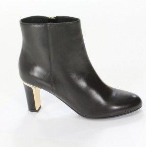 Czarne #botki Gino Rossi. Efektowny ozdobny obcas. #Buty damskie dla miłośniczek rockowego stylu.
