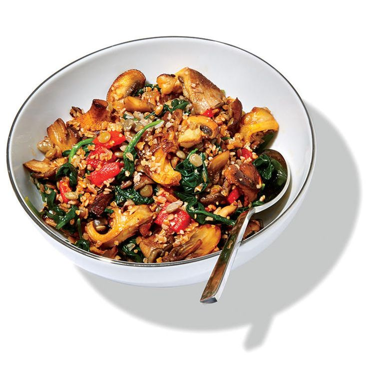 Bulgur with Mushrooms and Roasted Red Peppers
