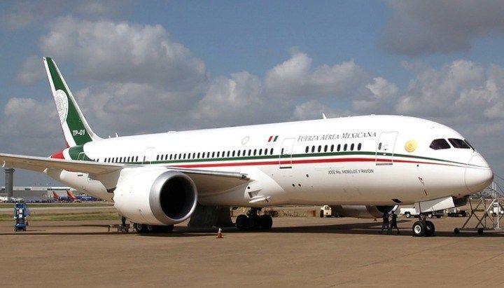 """Hoy, en punto de la 1:47 de la madrugada de este miércoles, llegó el avión presidencial """"José María Morelos y Pavón"""" al Aeropuerto Internacional de ..."""
