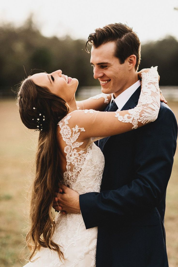 Inspiring 25+ Best Wedding Styles Kristin Lauria https://fashiotopia.com/2017/09/28/25-best-wedding-styles-kristin-lauria/ Her sister has appeared within her videos. She's incredibly down-to-earth and simple to listen to so you'll definitely delight in watching her videos. So he should have dated with a lot of girls but his dating history is similar to empty