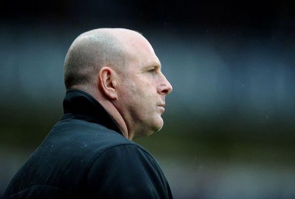 Steve Kean Photos Photos - Blackburn Rovers Manager Steve Kean looks on prior to the Barclays Premier League match between Blackburn Rovers and Wigan Athletic at Ewood Park on May 7, 2012 in Blackburn, England. - Blackburn Rovers v Wigan Athletic - Premier League