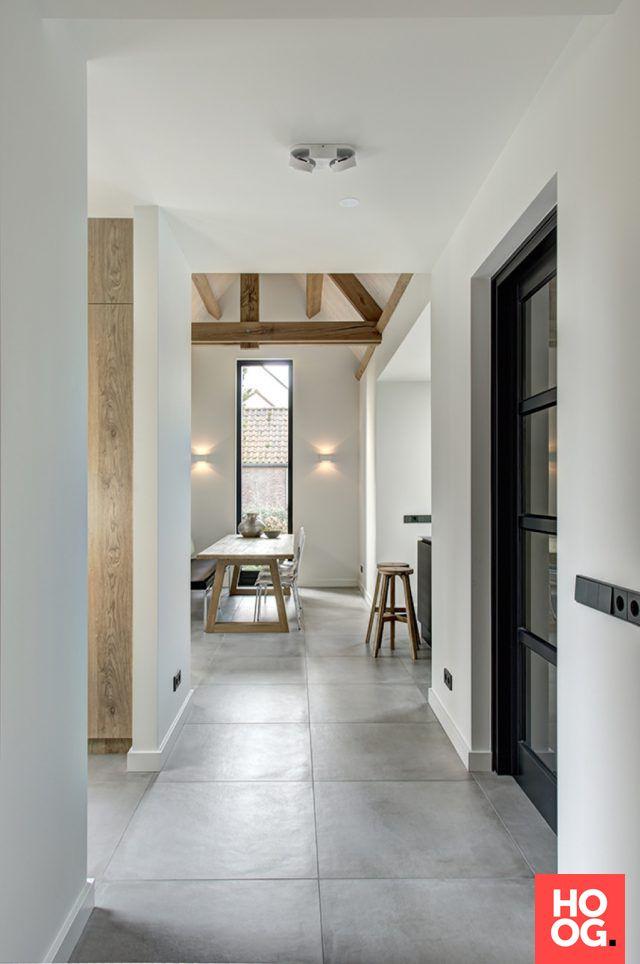 Hal met tegelvloer | keuken design | kitchen ideas | kitchen design | HOOG.design