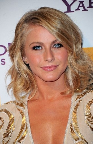 julianne hough hair styles 1000 images about on 4763 | 9300f5113c4f342277d8da26bff04404