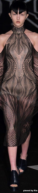 Iris van Herpen Spring 2017 Couture l Ria