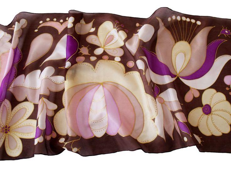Magyar motívumokkal megfestett selyem sálak, kendők. Egyedi darabok, mindenből csak egy létezik!   http://silkyway.hu/webaruhaz