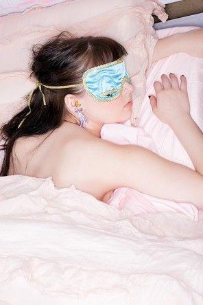 Sleep Eye Mask and Earplug Set - Audrey Hepburn in Breakfast at Tiffany's