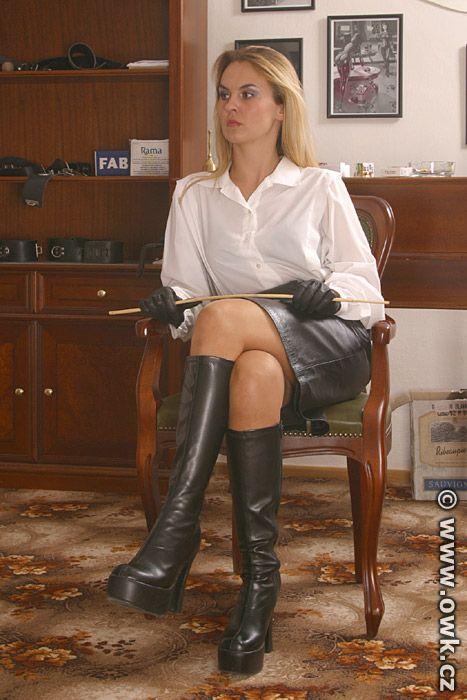 Mature women in boot dominating men