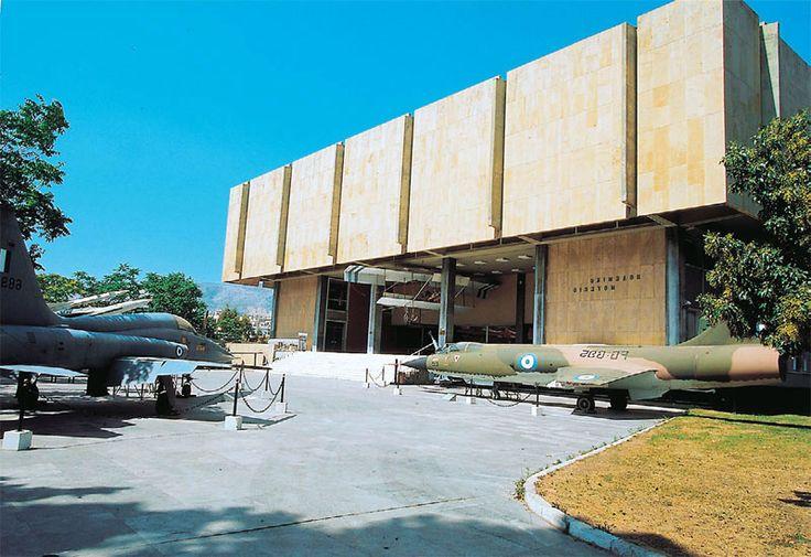 Ο «Χρόνος» ξετυλίγει τους «12» μήνες του στο Πολεμικό Μουσείο