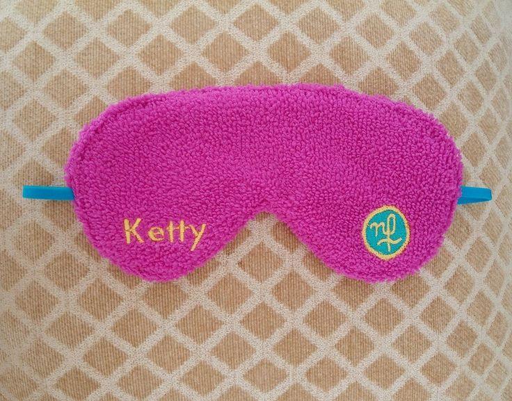 Ketty ya disfruta de un plácido descanso gracias a su antifaz MakingBags