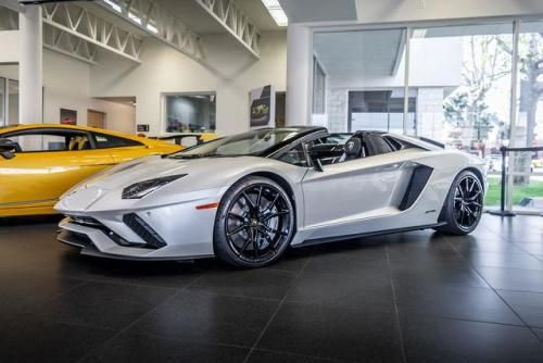 This Aventador S Roadster Oc Luxury Cars Instagram Scarletsworlds Luxury Cars Car Tuning Fast Cars