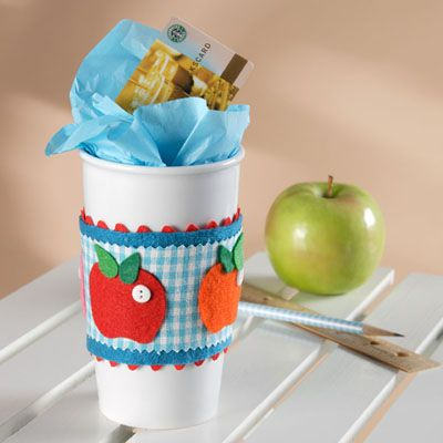 Cute idea for a teacher or co-worker.  You could make the apples into pumpkins for fall, and just change the fabrics and felt colors to coordinate with the season.