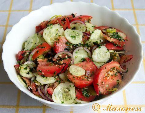 Летний салат из помидоров и огурцов. Грузинская кухня.