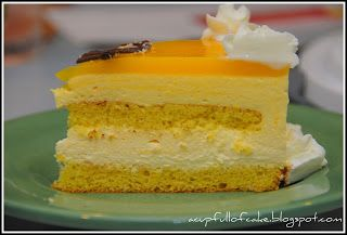 A Cup Full of Cake: Mango Mousse Cake