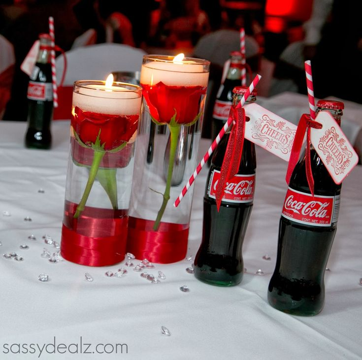 DIY Coca-Cola Bottle Wedding Favor Idea #Coke bottle favors #Red, white, black wedding colors | http://www.sassydealz.com/2014/01/diy-coca-cola-bottle-wedding-favor-idea.html