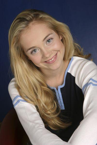 Amber's High School Photo. She's so pretty!