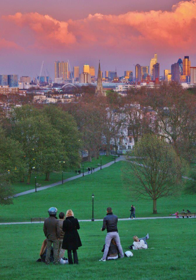 Sunset @ Primerose Hill One of my favourite views in London :-)