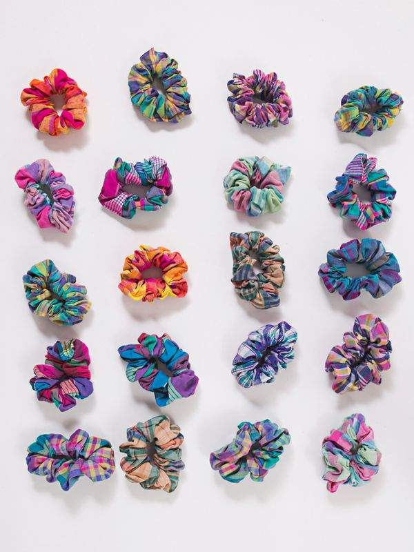 Make your own hair scrunchie with the DIY video