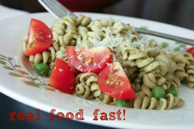 15 Minute Meals for Busy Fall DaysVegetables Pasta, Healthy Meals, 10 Easy, Pasta Meals, Best Recipe, Pesto Pasta, Healthy Vegetables, 15 Minute Meals, Cherries Tomatoes