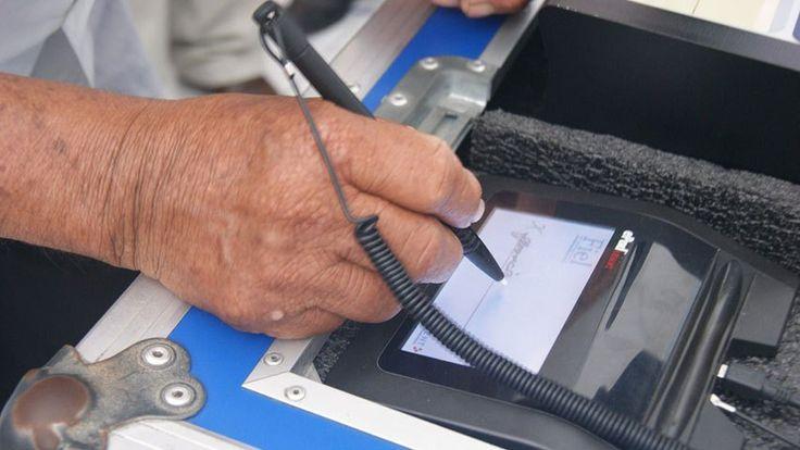 Activarán firma electrónica para tramitar antecedentes penales - http://www.notiexpresscolor.com/2016/11/14/activaran-firma-electronica-para-tramitar-antecedentes-penales/