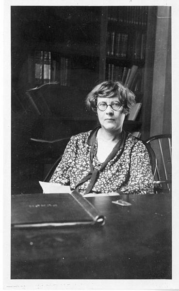 Matilda Moldenhauer Brooks war eine US-amerikanische Biologin, die ein Gegenmittel gegen Zyanid- und Kohlenmonoxidvergiftung entdeckte.