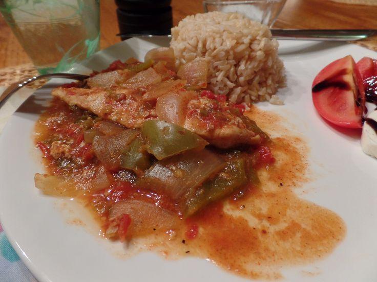 Chicken àla Santa Fe: A simple recipe with extraordinary Southwest flavors, including jalapeños, slow cooked into savory chicken. http://nordiccooker.com/en/recipes/chicken-ala-santa-fe.