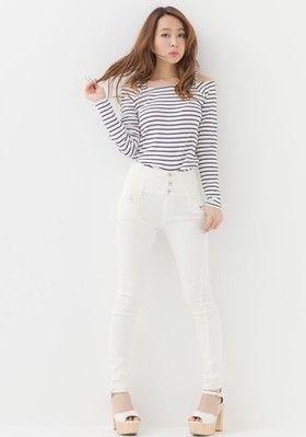 春夏スタイルにぴったりな爽やかカジュアルスタイル! ハイウエストスカート・パンツ スタイル ファッション コーデ♪