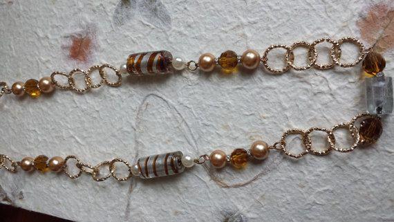 Collana catena oro e perle di Anaherabijoux su Etsy