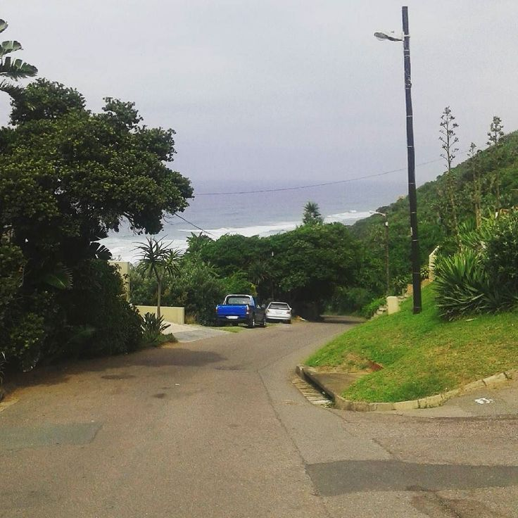 Welcome to Durban where we will flaunt our luscious green at you from all sides you rainless people. #Durban #TheBluff #NoThePlaceIsCalledTheBluffThatWasNotABluff