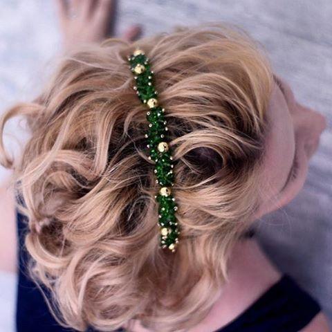 Авторские украшения ручной работы для Вас! Сделано с любовью❤ и на счастье ! #ободок #авторское #ручнаяработа #украшения #корона #авторскаяработа #свадебныйстилист #невеста #свадьба #невеста2017 #заколка #украшениевволосы #волосы #коса #стилист #назаказ #вналичии #доставка #фотосессии #фотограф