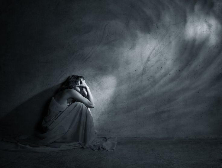 La depresión es uno de los trastornos afectivos más extendidos en el mundo. Por ello, es bueno aprender cómo hablar y ayudar para su superación personal.