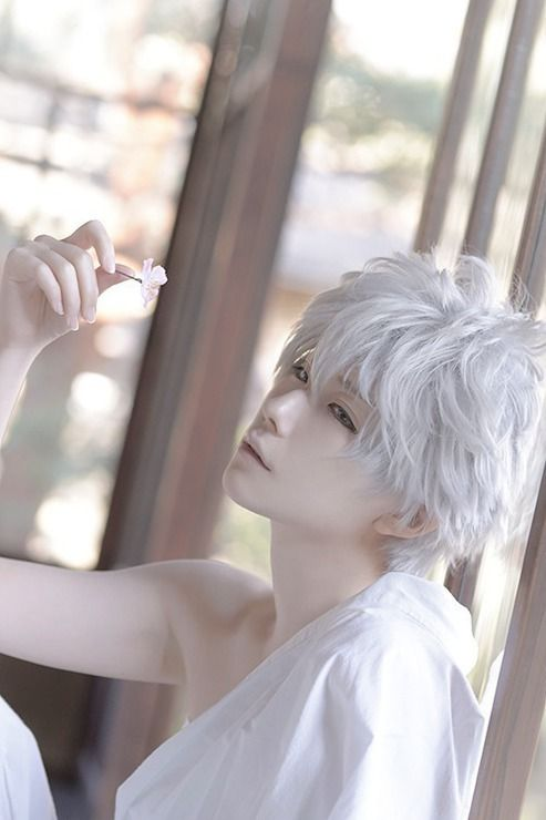 This is gorgeous cosplay. Gintoki Sakata(Gintama) | kuryu