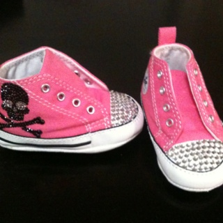 Rhinestones to baby girl converse shoes!