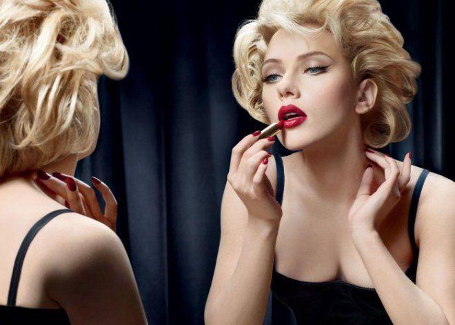 COME METTERE IL ROSSETTO - Donnesì #donnesì #donne #beauty #bellezza #rossetto #rosso #nosbavature #perfetto #24h #sensualità #newlook #tips #makeup #impeccabile #semprebella