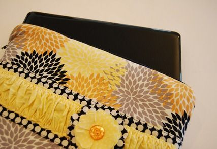 zippered laptop sleeve - adopt for iPad