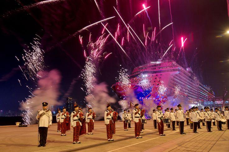 E' stata ufficialmente battezzata venerdì scorso, nella cornice del Kai Tak Cruise Terminal di Hong Kong, che per la prima volta in assoluto ospitava un evento inaugurale di una nave da crociera, la World Dream, nuova ammiraglia della flotta