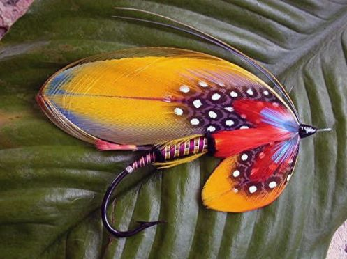 freestyle Salmon fly by Bud Guidry. Respect! For more fly fishing info follow and subscribe www.theflyreelguide.com Also check out the original pinners/creators site and support