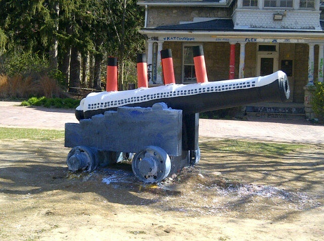 The Cannon at the University of Guelph is painted as the Titanic today. Several pictures have appeared on Twitter including this one.