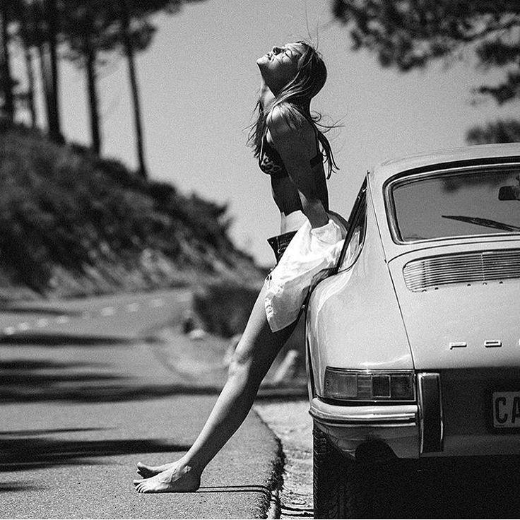 kowa-six:   elegant-apparatus:   Enjoy Porsche . ... / 9110101621                                                                                                                                                                                 Mehr