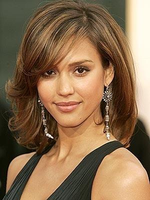 1 mid-length-hair: Haircuts, Hair Colors, Medium Length Hairstyles, Hair Cut, Jessicaalba, Bangs, Hair Style, Medium Hairstyles, Jessica Alba