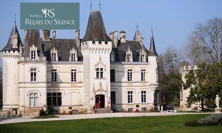 Charentes : 1 nuit avec petits déjeuners et verre de bienvenue au Relais du Silence Château de Nieuil pour 2 personnes: 129.00€ au lieu de…