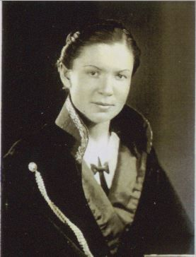 İlk kadın HAKİM  Mürüvvet Yener (Taha Toros arşivi)