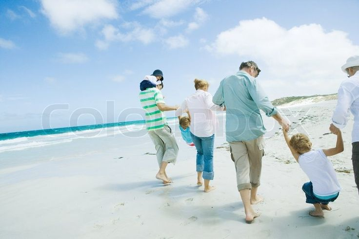 Stock foto af '© Sigrid Olsson / AltoPress / Maxppp ; Familie på stranden'